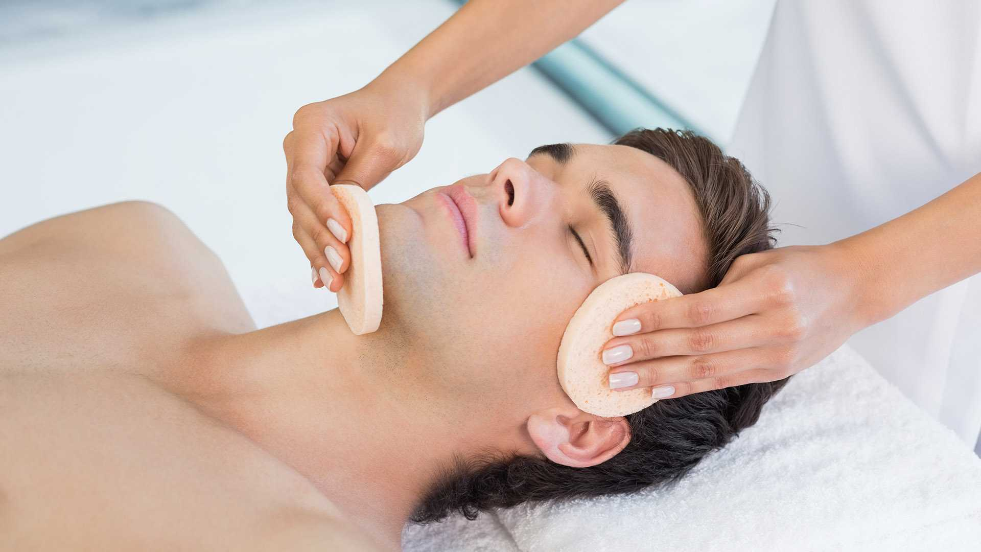 Facial treatment for men in Dubai